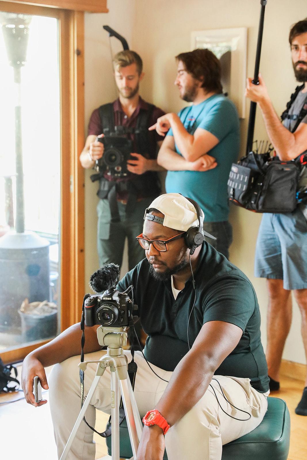 A Gladeo League intern on set.